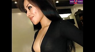 Asian Cutie slowly and gently fucks her ass www.eastcamqueens. net