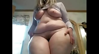 Real amateur bbw standing live show phat ass