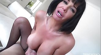 Veronica Avluv POV suck and fuck on a big cock for a facial