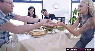 Mom Fucks Son & Eats Teenager Creampie For Thanksgiving Treat