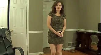 "Unexperienced Mom says ""Mommy Has Urges"" roleplay"