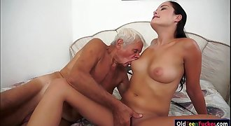 Dolly Diore sucks off  a grandpas shaft and sits on his face