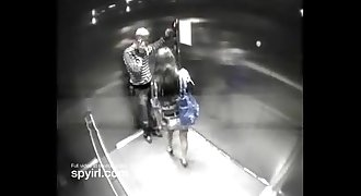 Couple having sex on Hotel Elevator get caught on Hidden Camera